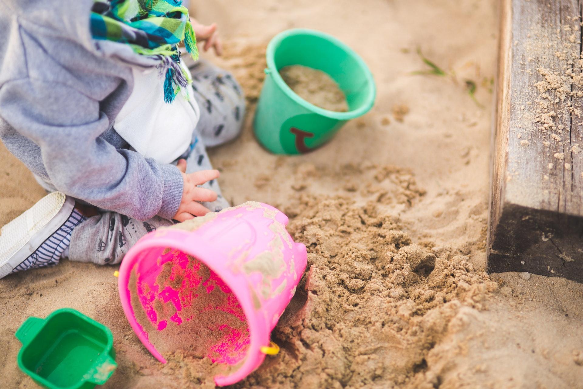 børn, barn, børnehave, pæfodil, pædagog, leg