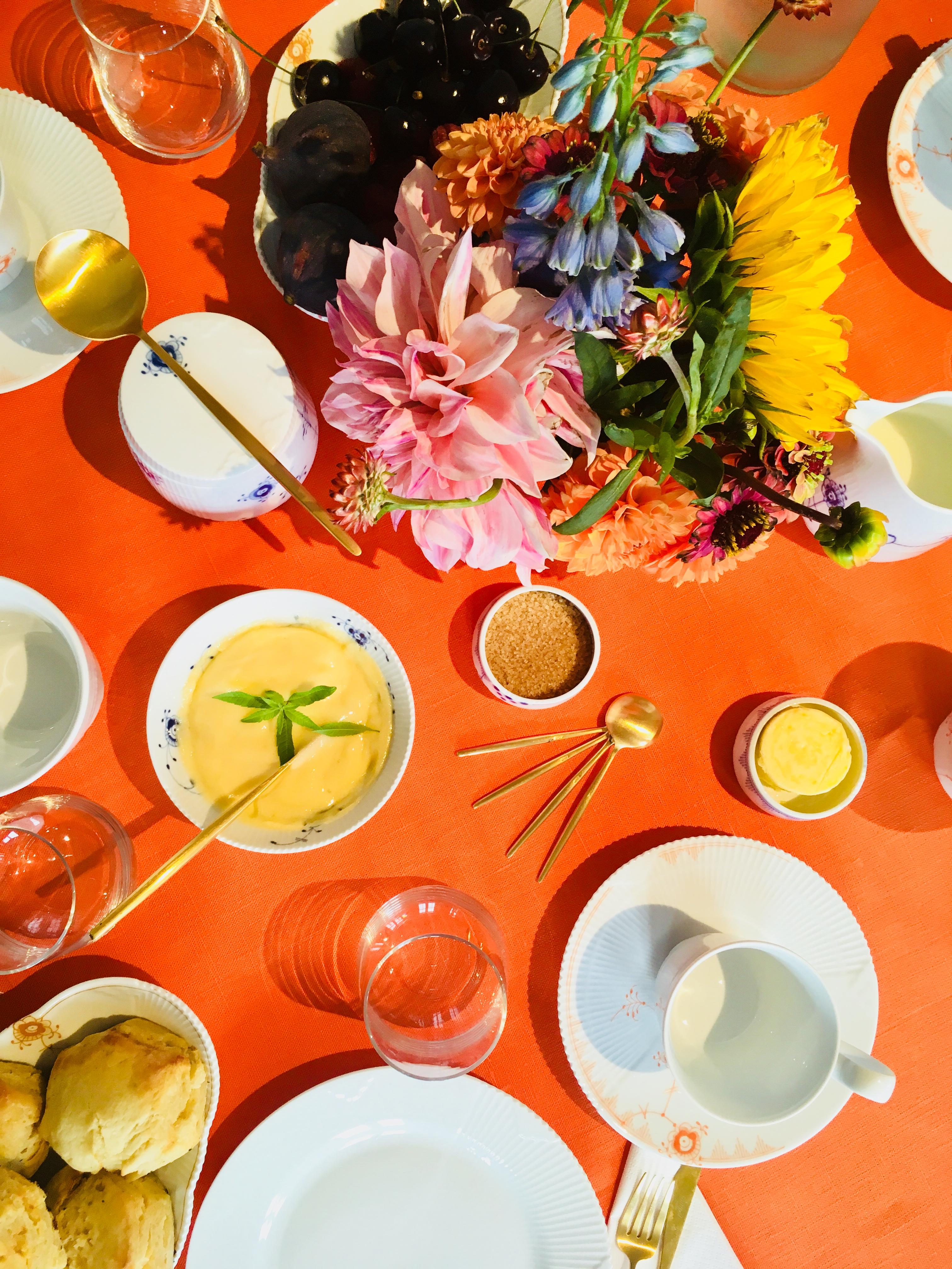 royal copenhagen, borddækning, blomster, middagsbord
