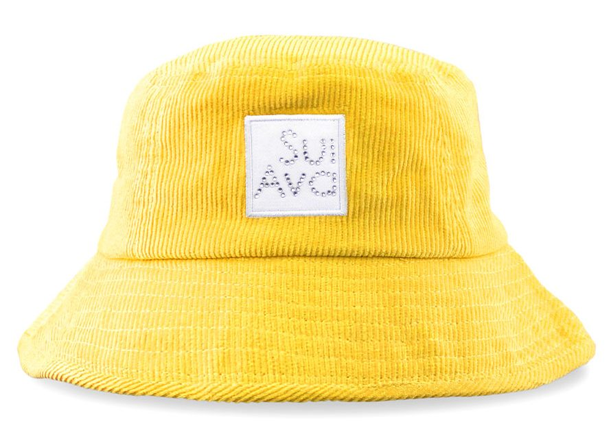 sui ava, bøllehat, buckethat, hat, sommer, outfit, look, fløjl,