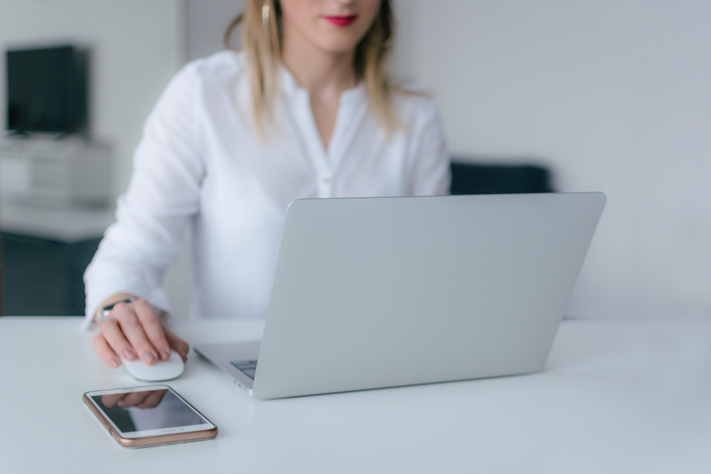 business, computer, laptop, macbook, apple, download, downloading