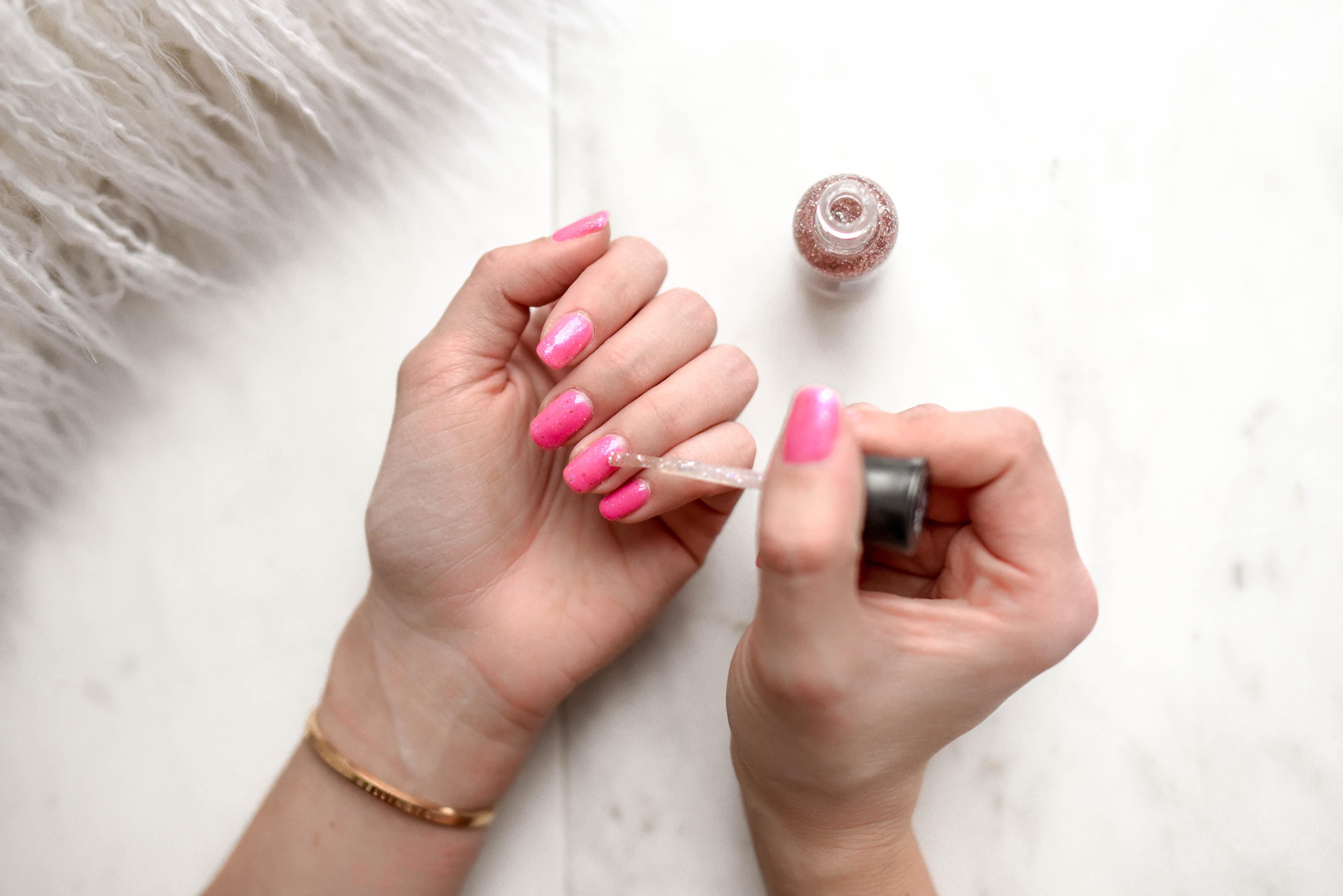 negle, nail, nails, neglelak, velplejede