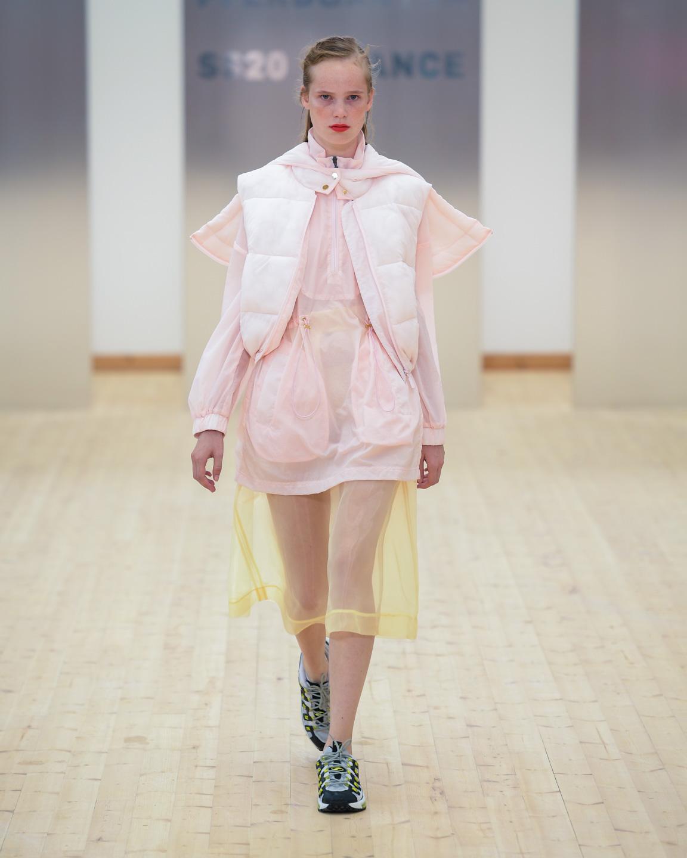 baum und pherdgarten, modeuge, fashionweek, fw, designer, design, mode, fashion, show, fashionshow, model, outfit, look, ss20