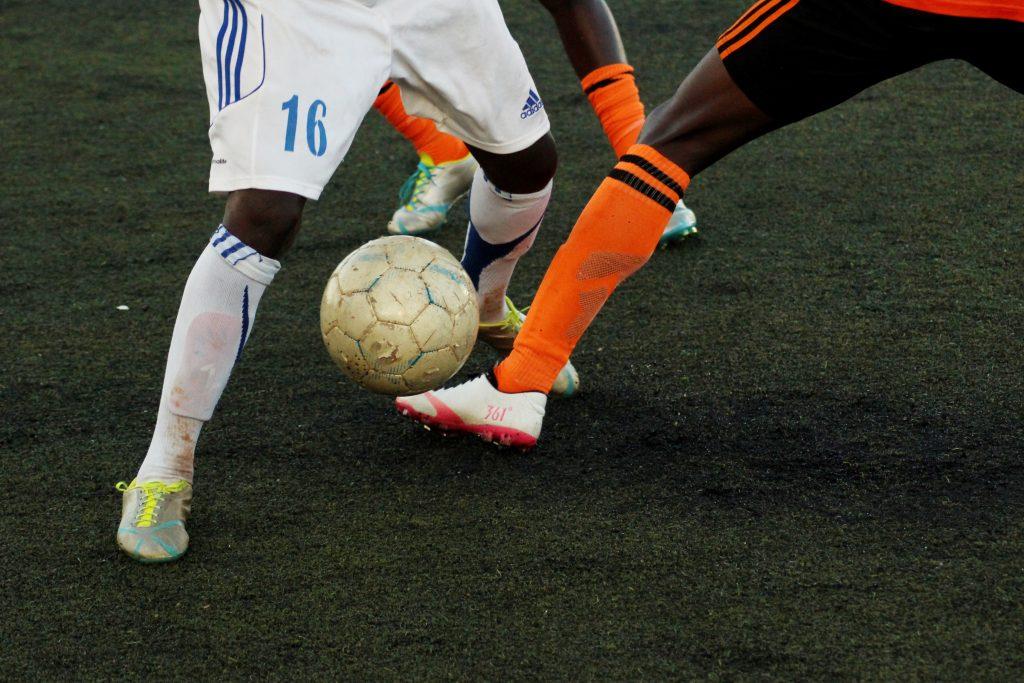 fodbold fodboldstøvler fodboldkamp (Foto: Unsplash)