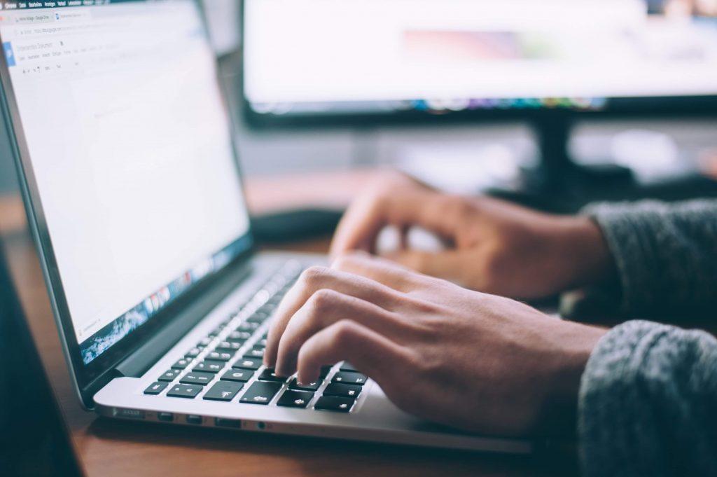computer job internet tastatur (Foto: Unsplash)