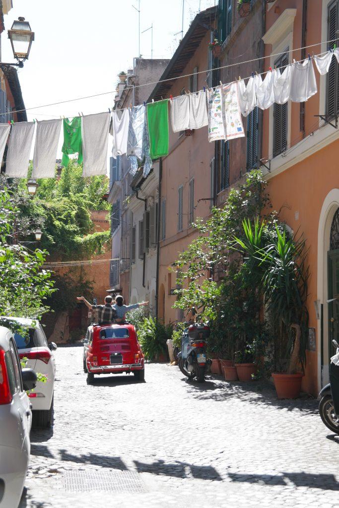 italien ferie bilferie sommerferie (Foto: Unsplash)