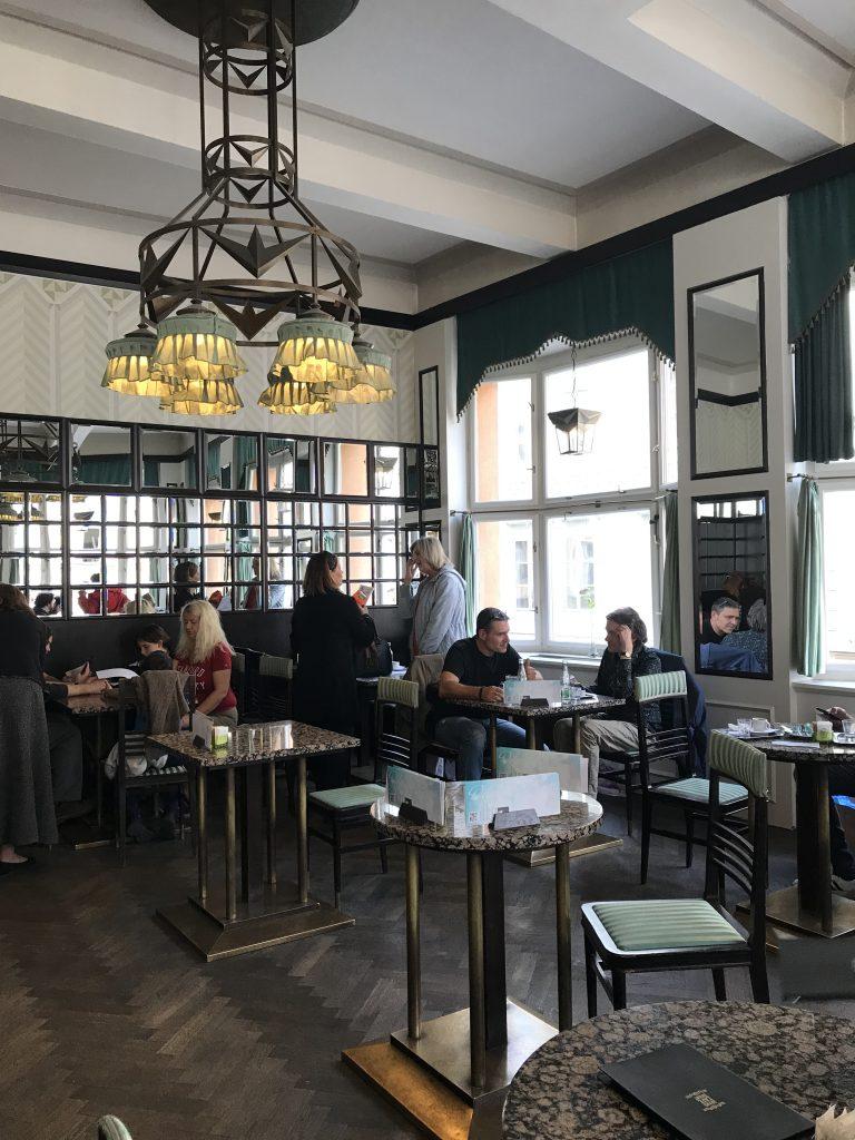 prag tjekkiet cafe rejse (Foto: MY DAILY SPACE)
