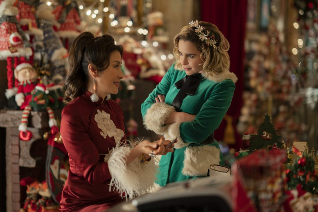 jul film julefilm (from left) Kate (Emilia Clarke) and Tom (Henry Golding) in Last Christmas, directed by Paul Feig. (Foto: UIP)
