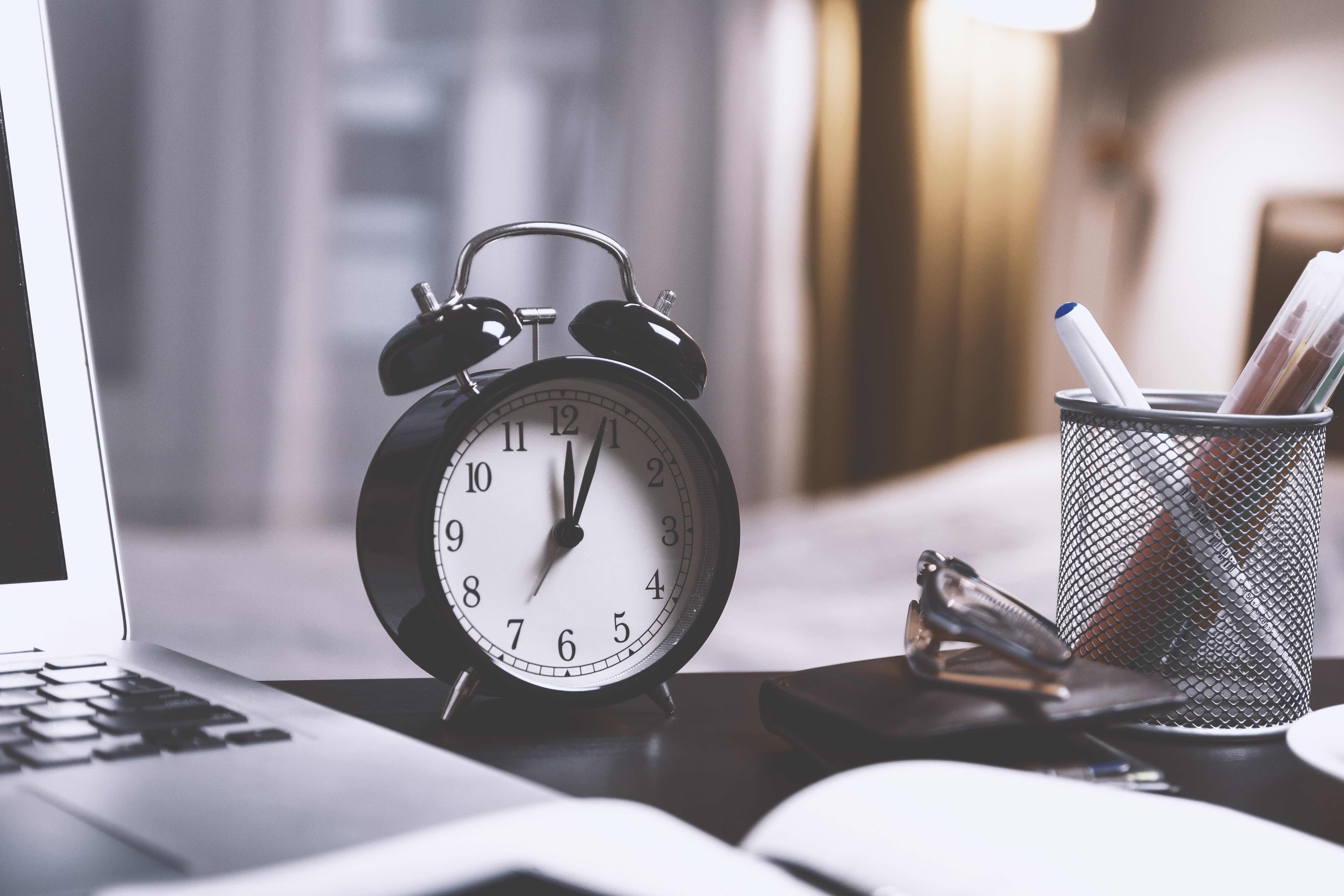 ur, vækkeur, clock, klokken