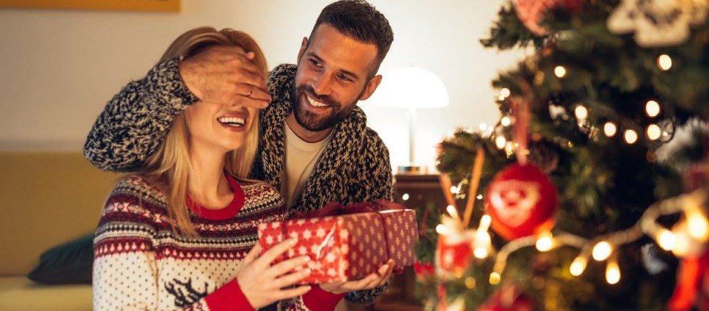 par jule pakker julehygge juletræ julegaver (Foto: PR)