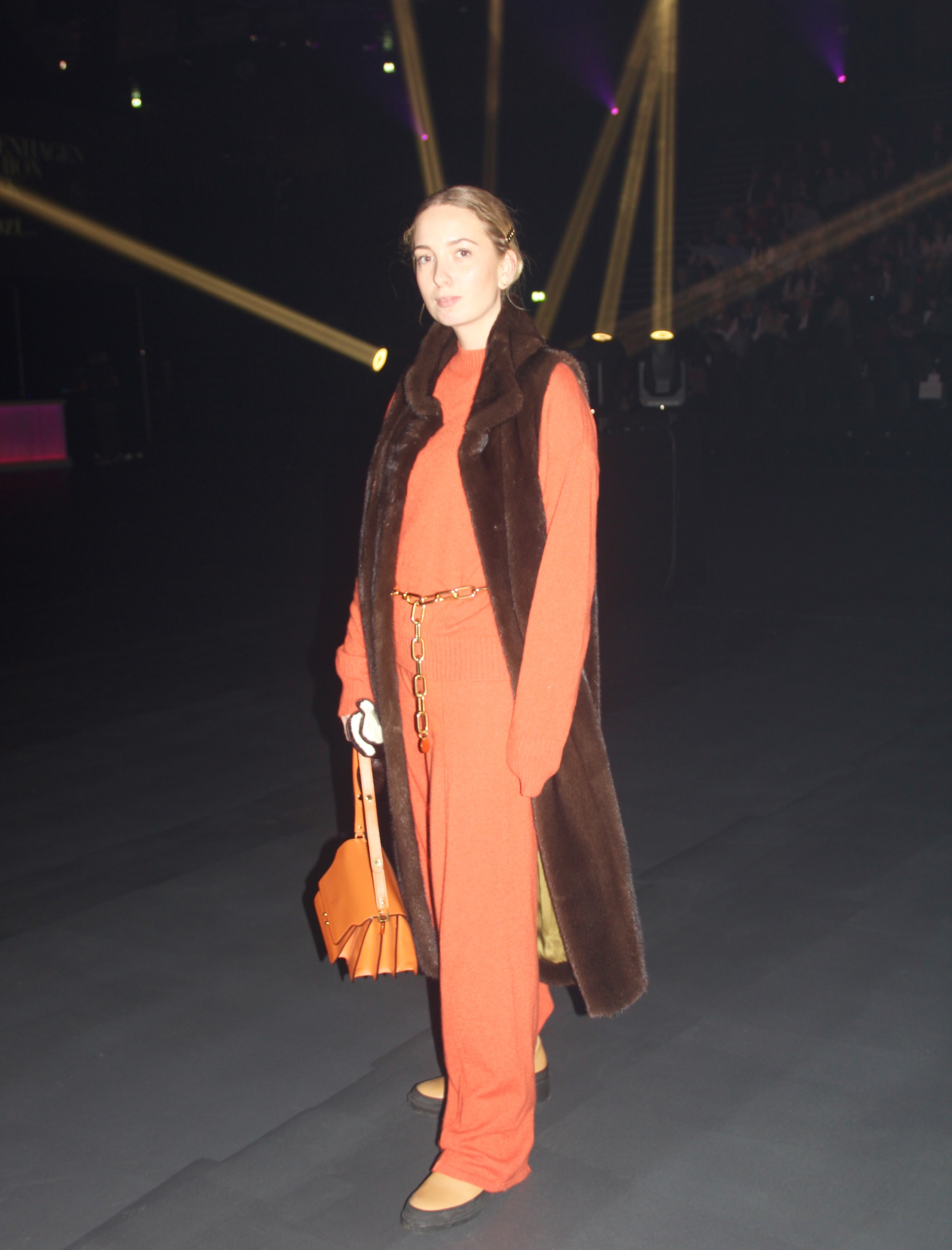 Street style, fashion week, fashion, orange, farver, style. (Foto: MY DAILY SPACE)