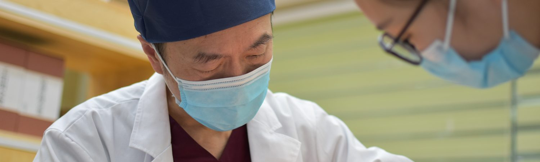 læge læger corona syg sygehus (Foto: Unsplash)