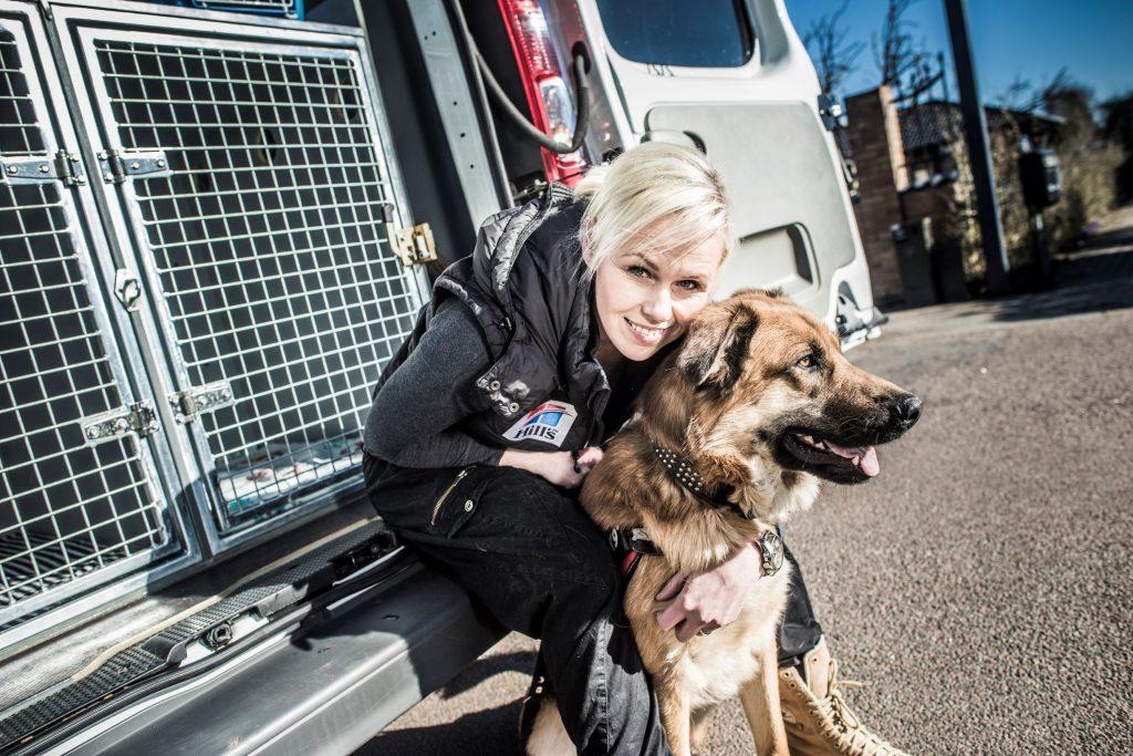 hund kvinde (Foto: Dyreværnet - Foreningen til Værn for Værgeløse Dyr)