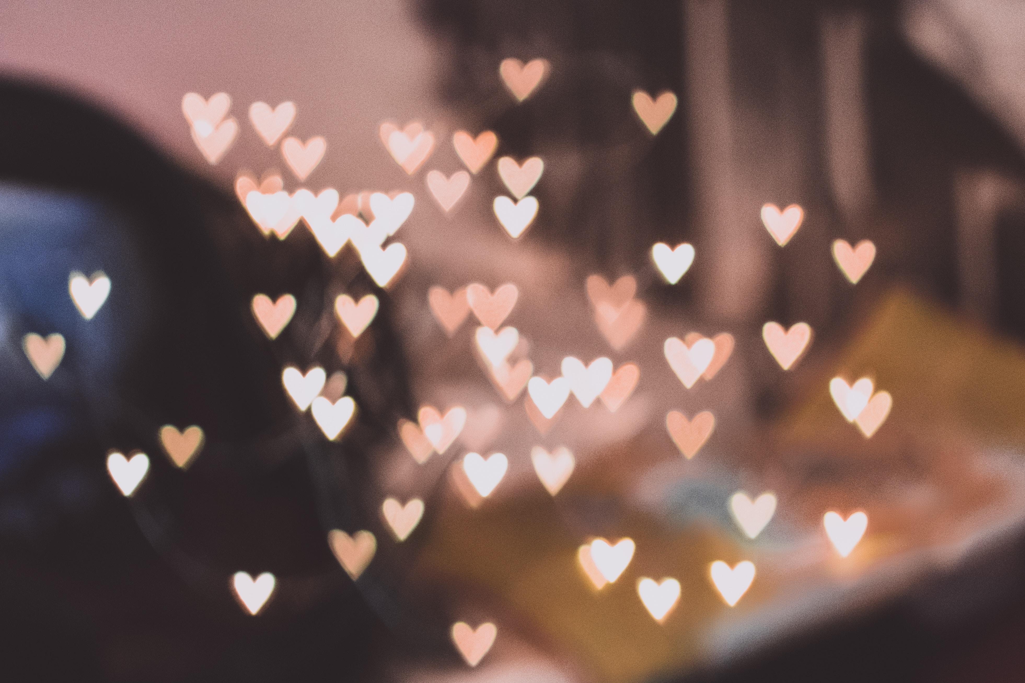 Hjerter, hearts, lyserød, pink. (Foto: Unsplash)