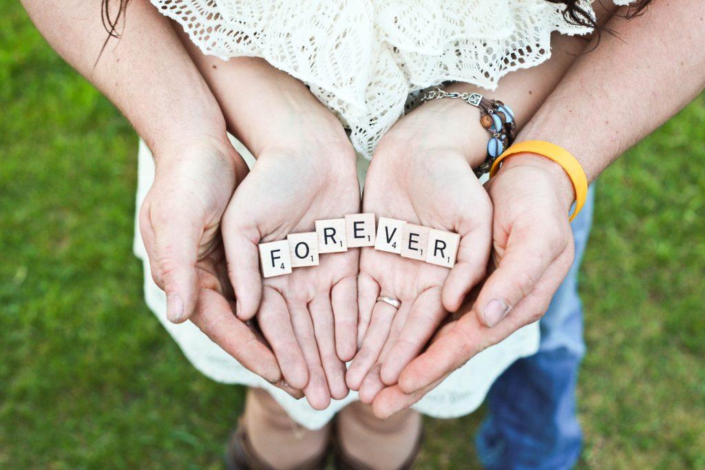 venner forever kærester par kærlighed (Foto: Unsplash)