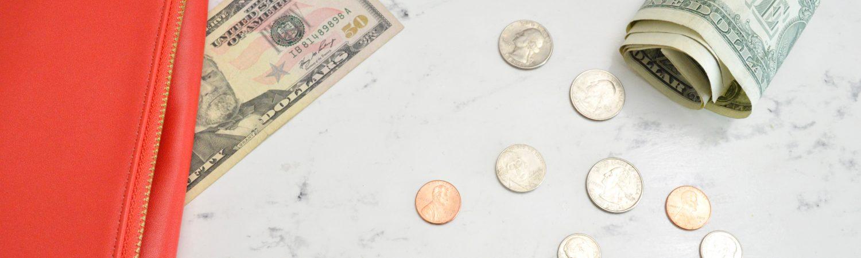 Økonomi, opsparing, penge. (Foto: Unsplash)