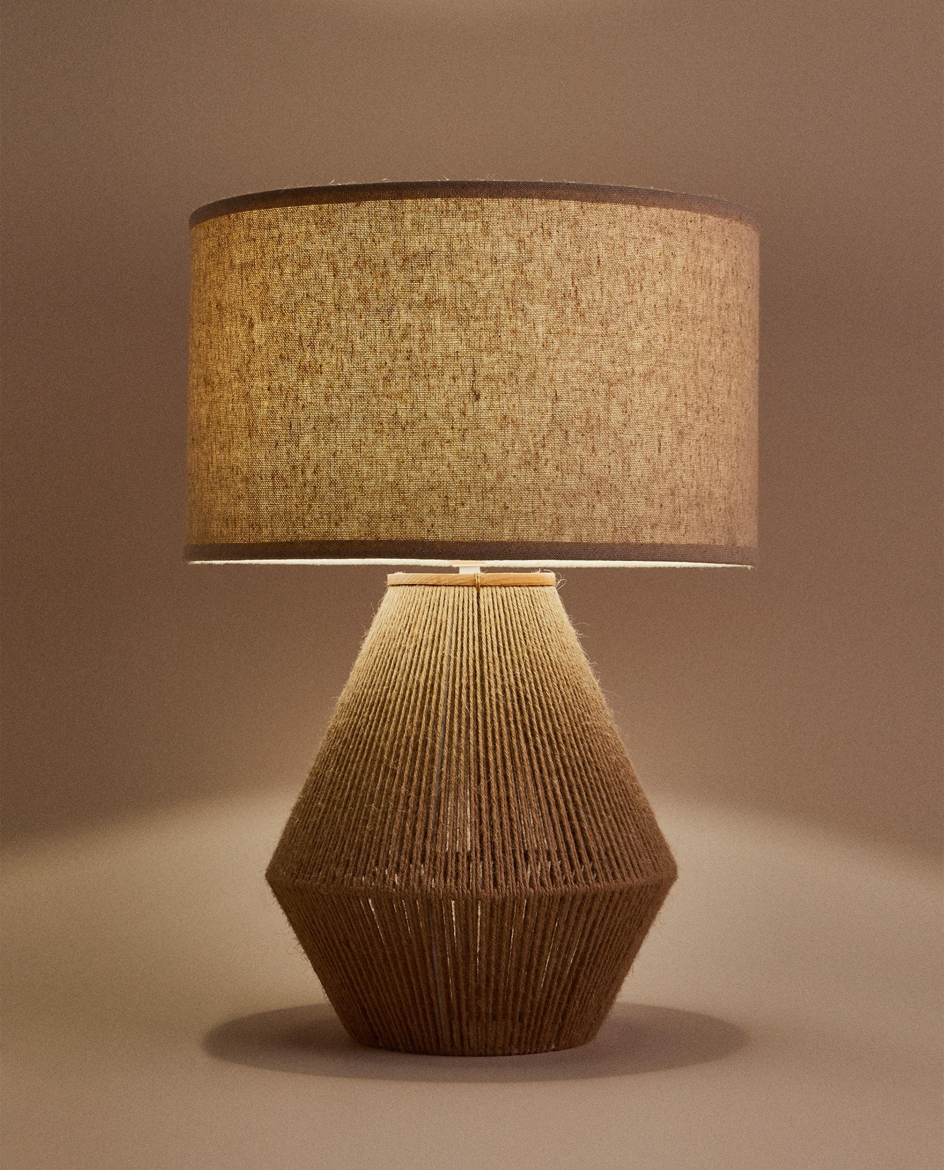 Lampe. Foto: Zara home)