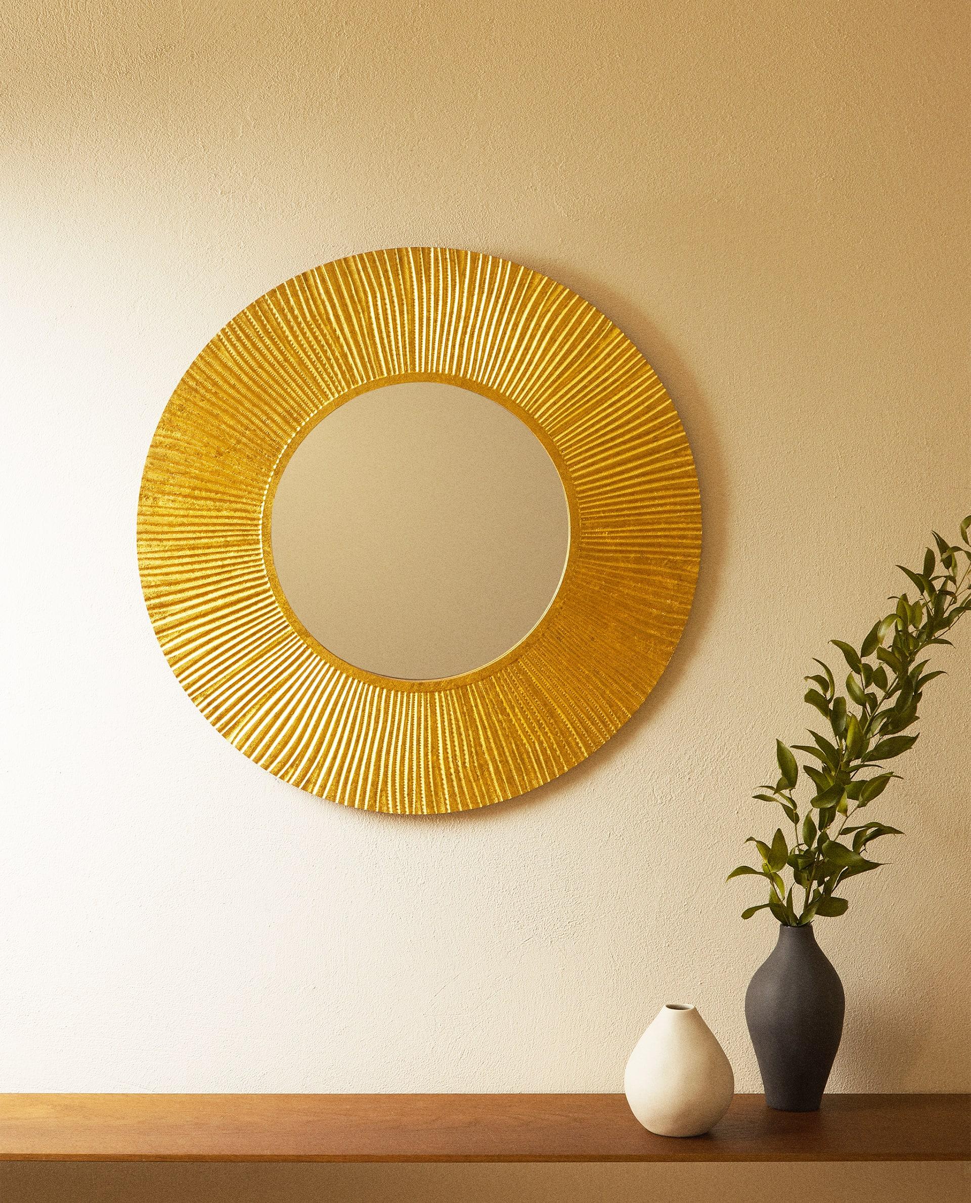 spejl, guld, guldfarvet, bolig, indretning. Foto: zara home