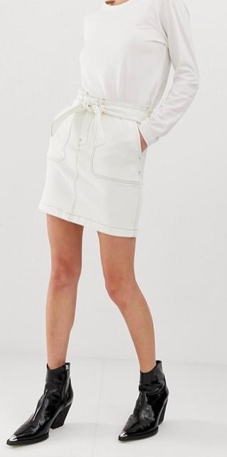 Hvid demi, nederdel, asos. Foto: PR)