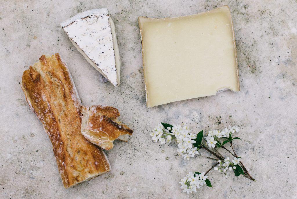 brød ost flute (Foto: Unsplash)