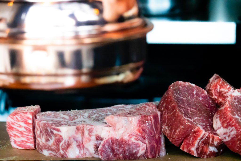 kød steak bøf (Foto: Unsplash)