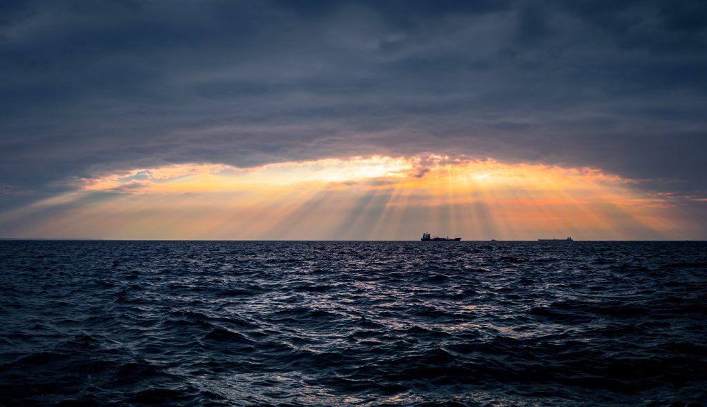 horisont himmel havet solen sol sky (Foto: Unsplash)