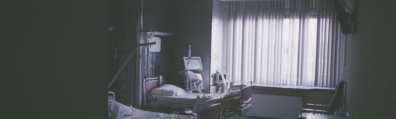 Corona, virus, CONVID19, kvinde, syg, hospital, seng, hospitalsseng. (Foto: Unsplash)