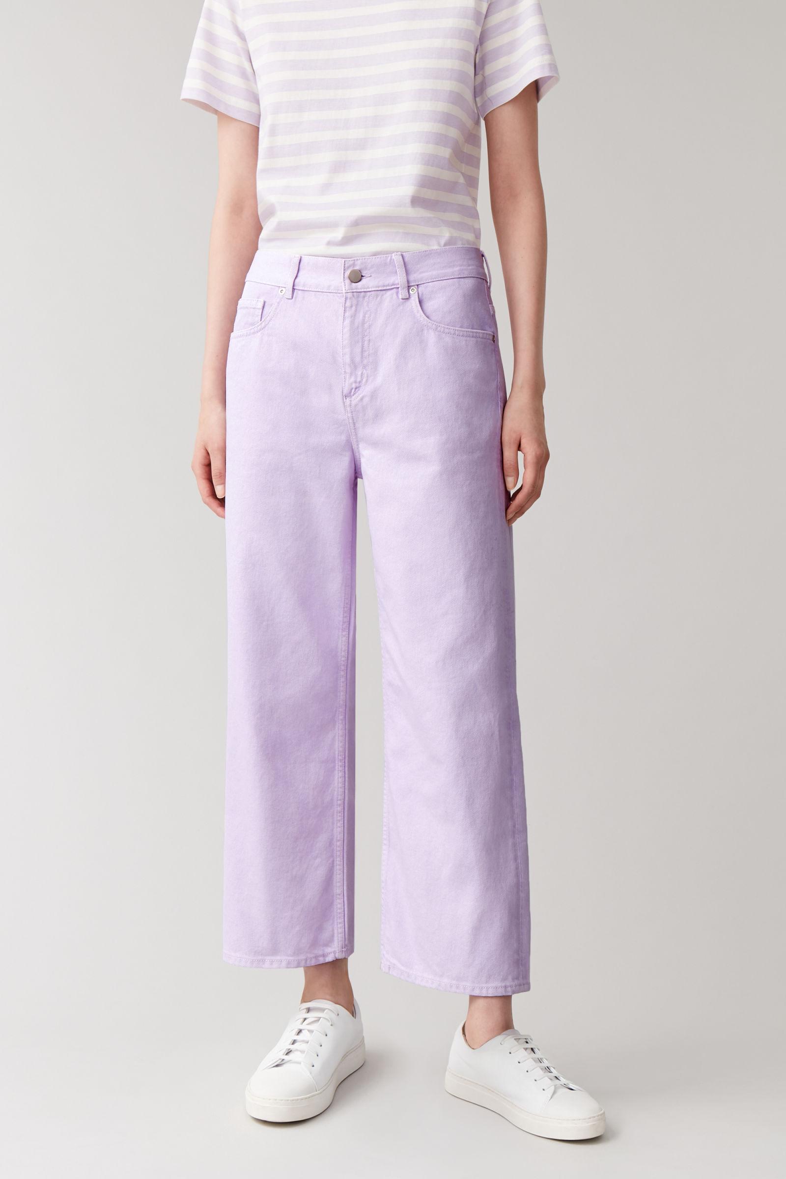 Lilla denim bukser. (Foto: PR)