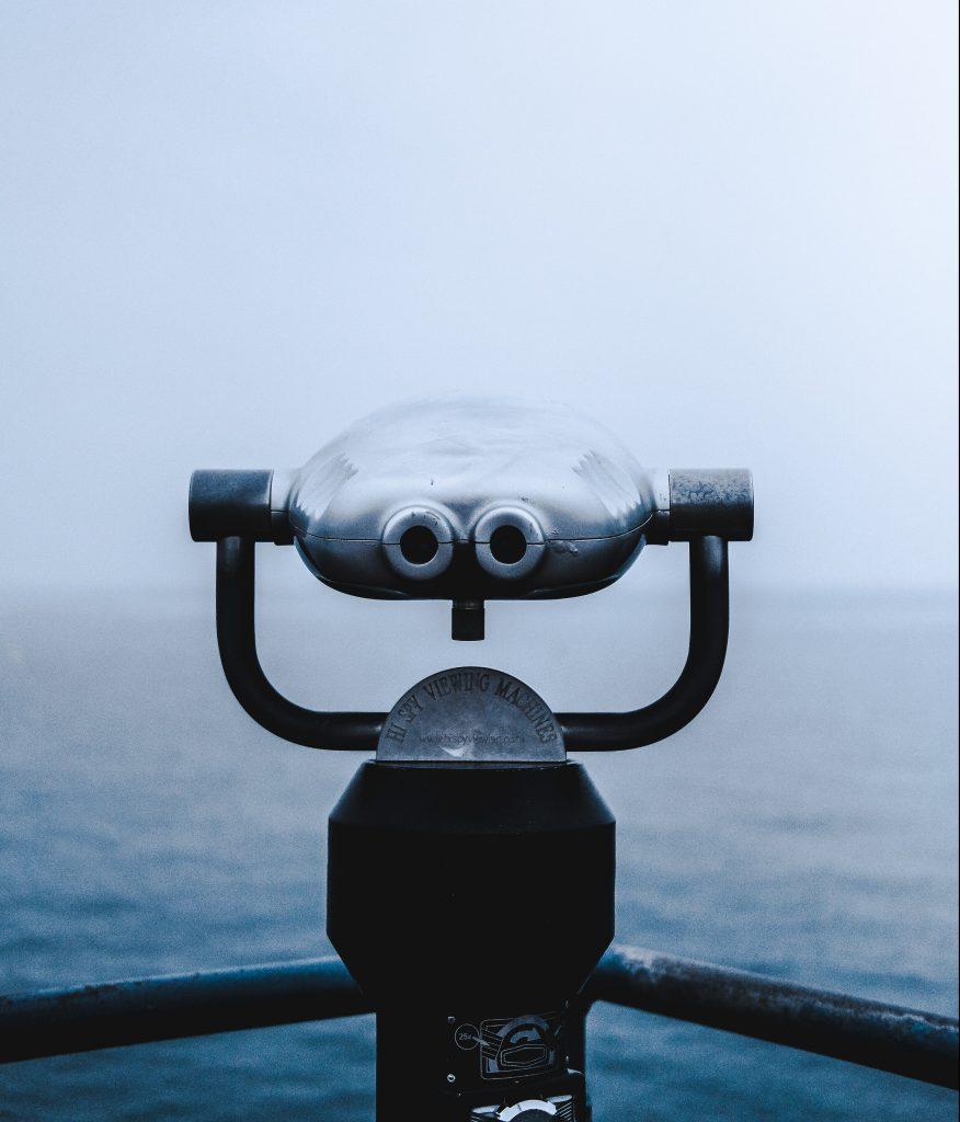 kikkert tanker vand havet (Foto: Unplash)