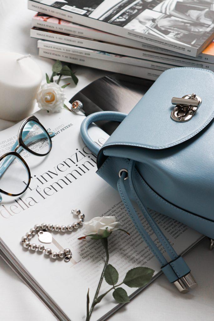 smykker briller taske magasin luksus (Foto: Unsplash)
