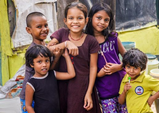 Børn, glade børn. (Foto: Unsplash)