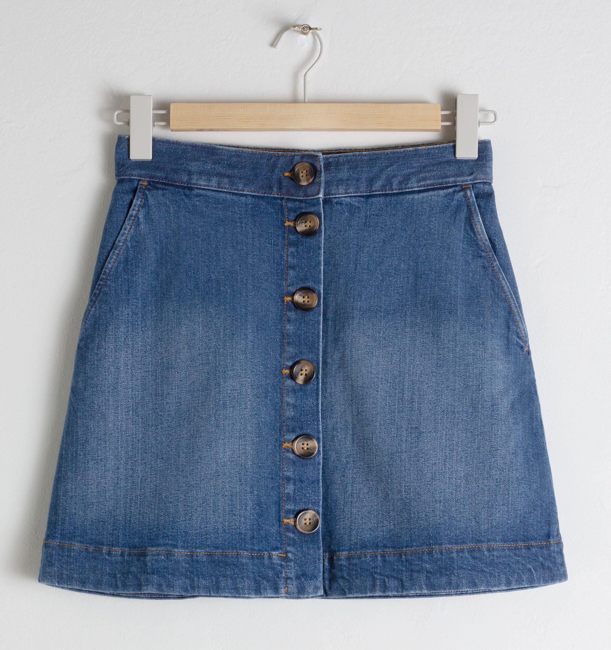 Denim nederdel, blå, mørkeblå. (Foto: PR)