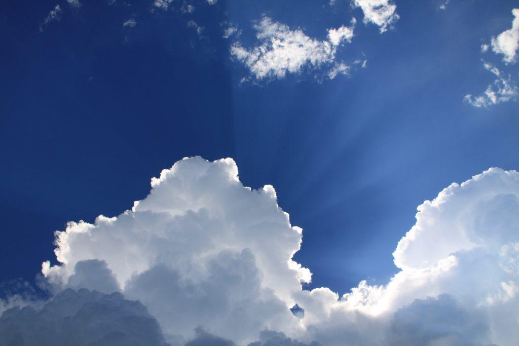sky himmel luft (Foto: Unsplash)