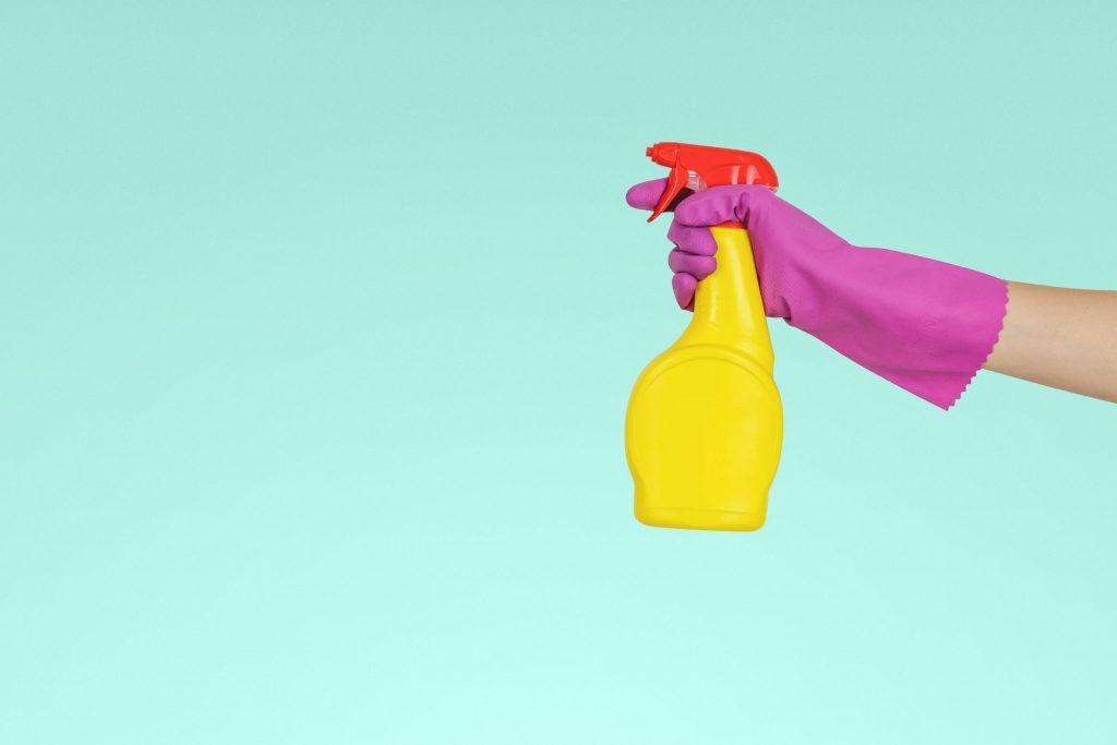 rengøring indemiljø (Foto: Unsplash)