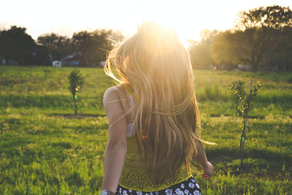 pige natur mark hår (Foto: Unsplash)