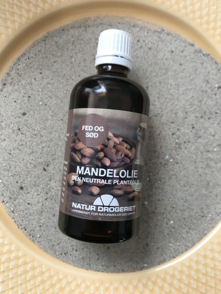 mandelolie naturdrogeriet(Foto: MY DAILY SPACE)