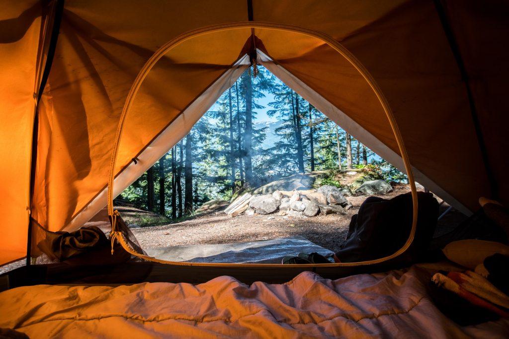telt camping sommerferie (Foto: Unsplash)