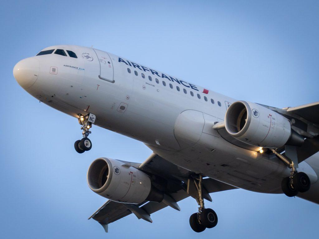 air france fly (Foto: Unsplash)