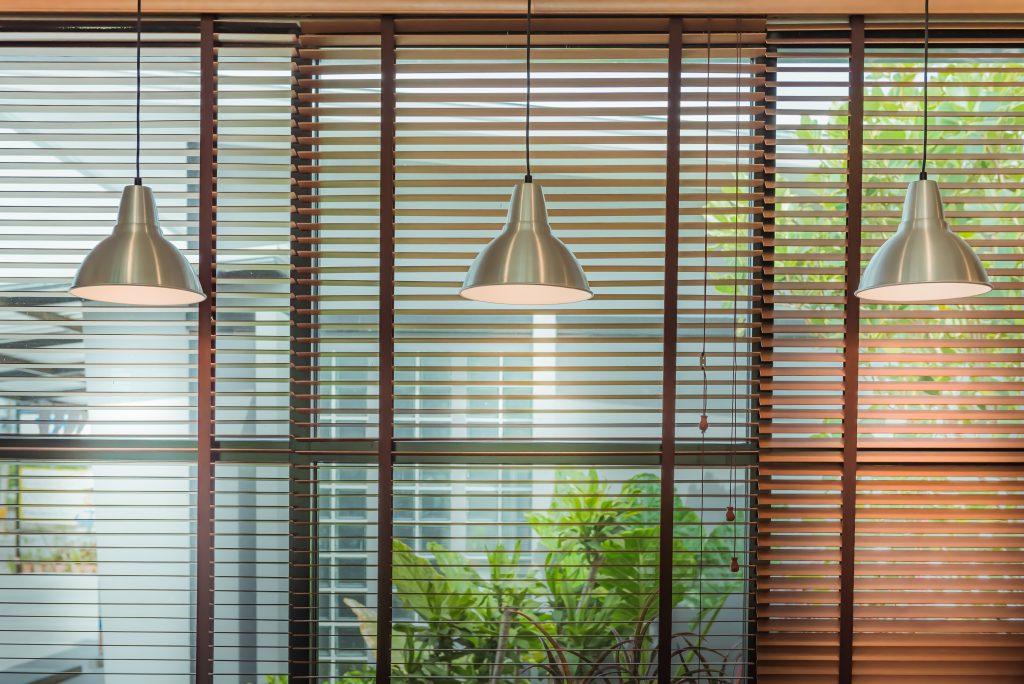 persienne vindue gardin (Foto: Shutterstock)