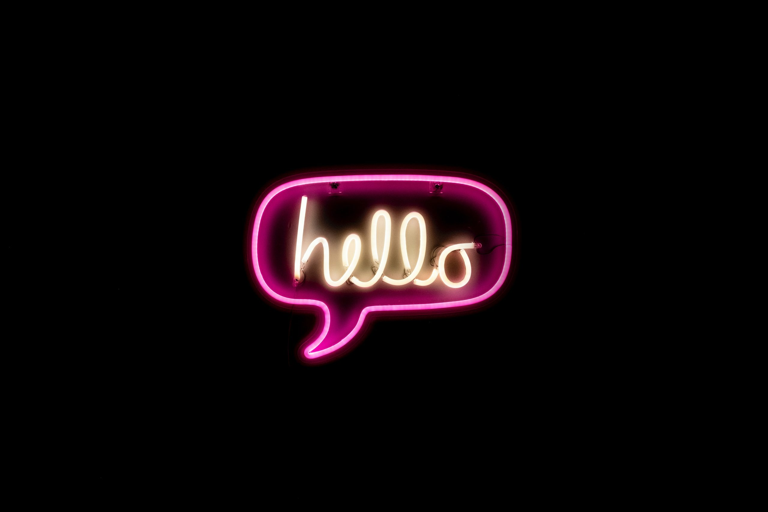 hello, hallo Foto: Unplash)