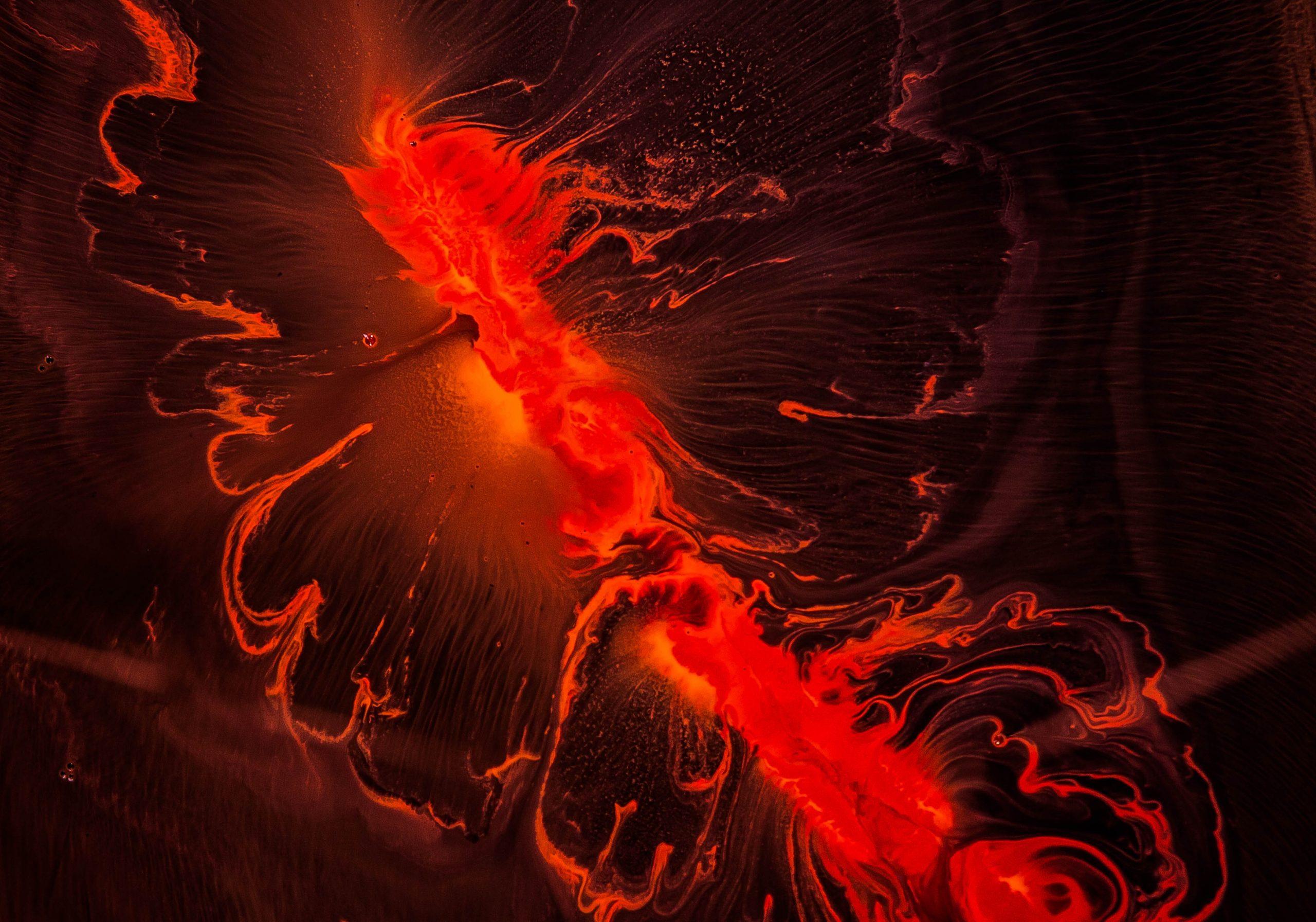 rød, eksplosion Foto: Unsplash)
