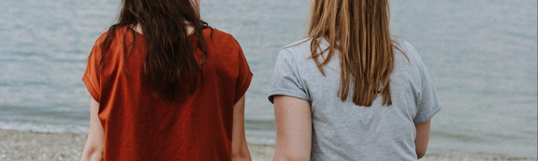 piger snakke alvor venskaber (Foto: Unsplash)