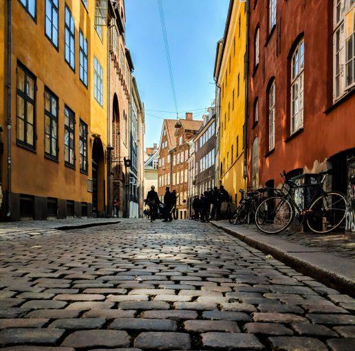 gader, københavn, brosten (Foto: Unsplash)