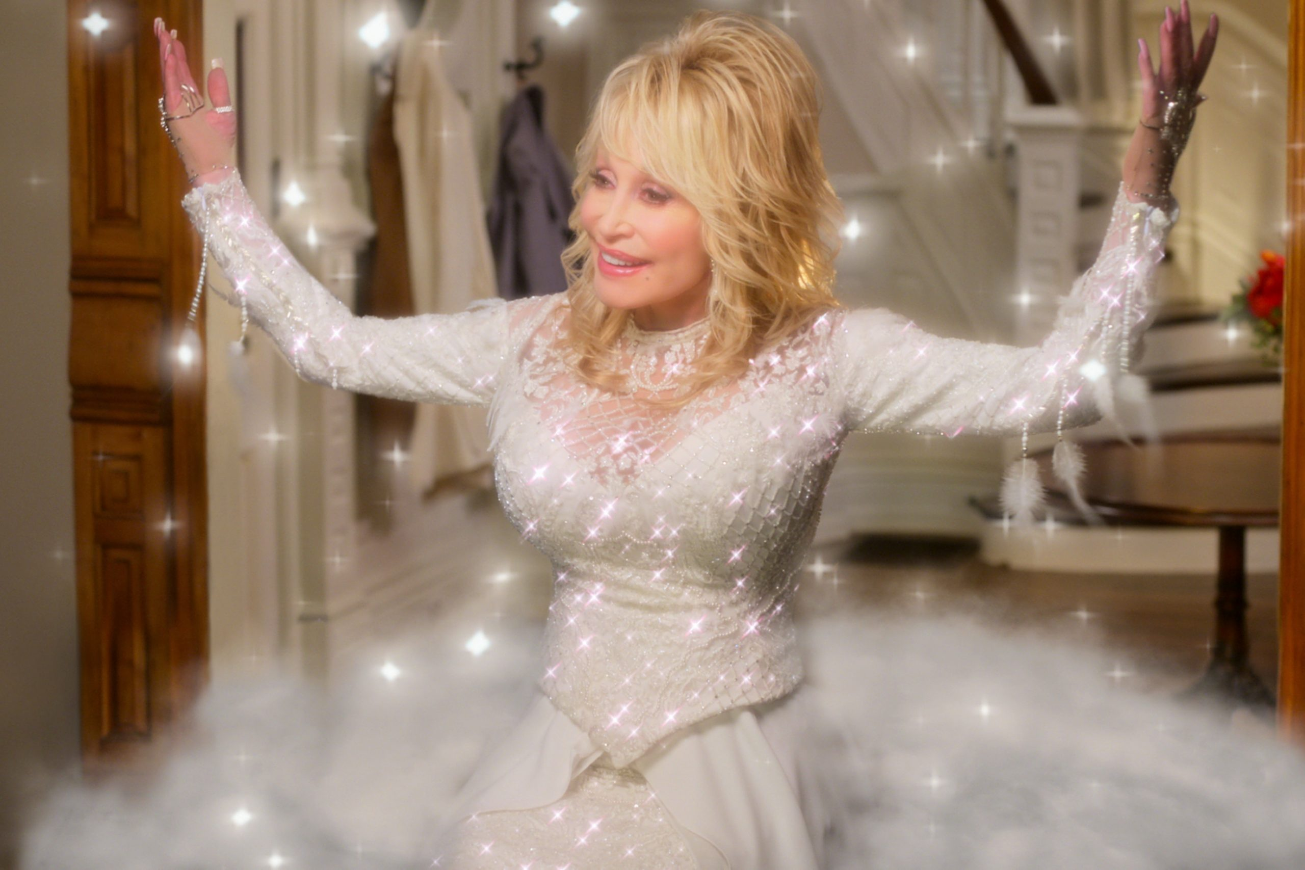 dolly parton, christmas on the square
