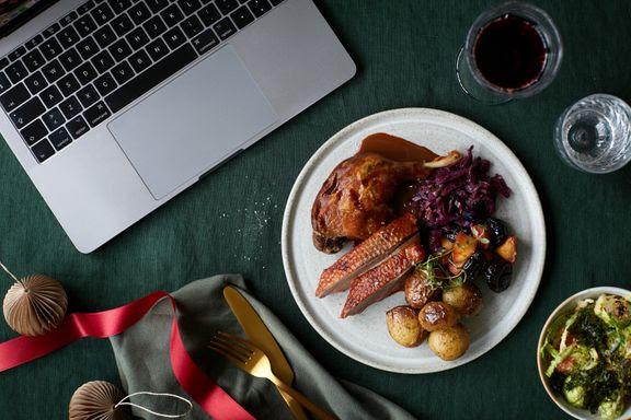 meyers julefrokost Den virtuelle julefrokost kombinerer velkendte smage med corona-sikre samværsformer. (Foto: Chris Tonnesen)