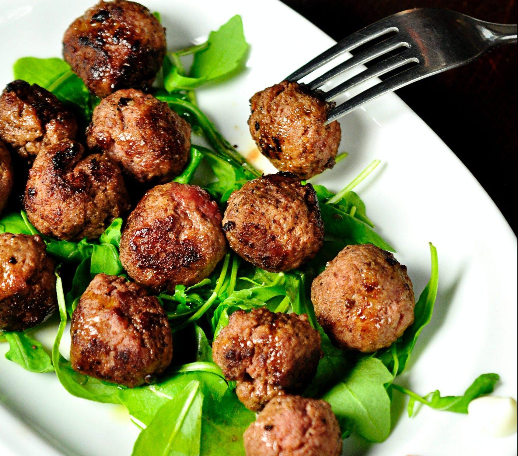 meatballs, frikadeller, mad (Foto: Unsplash)