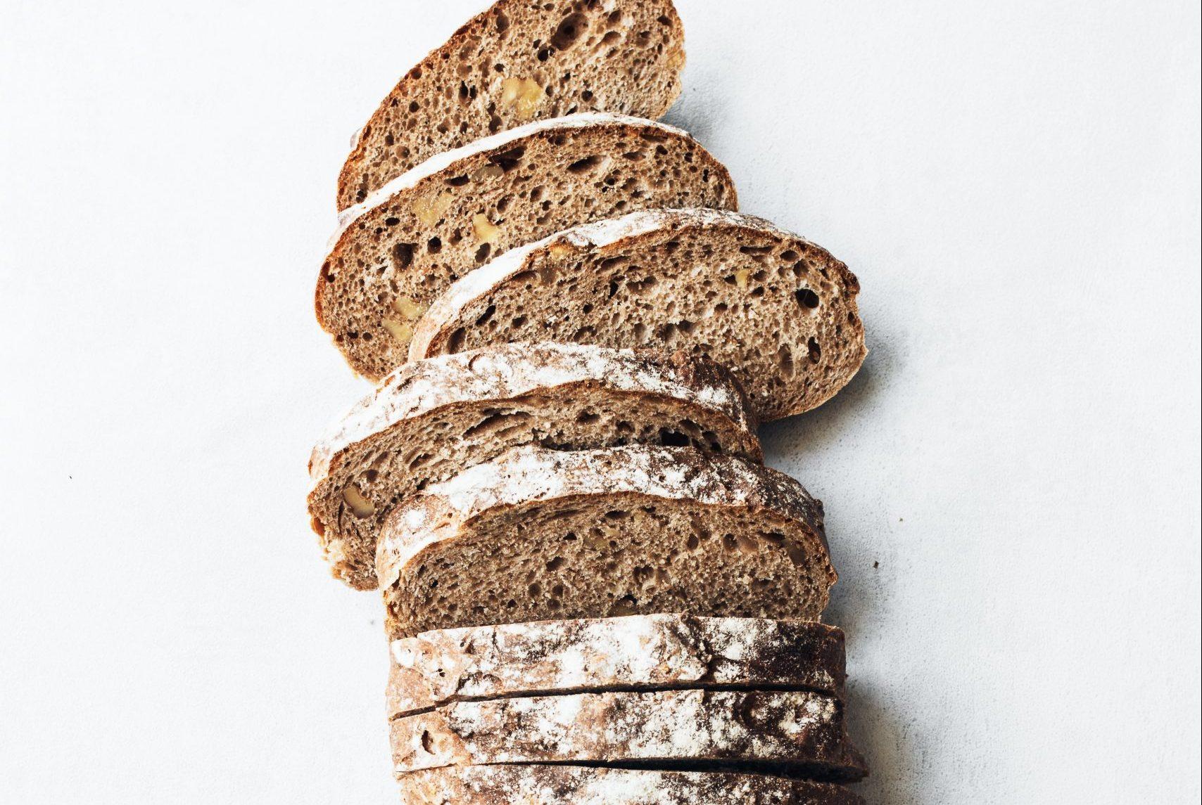 brød (Foto: Unsplash)