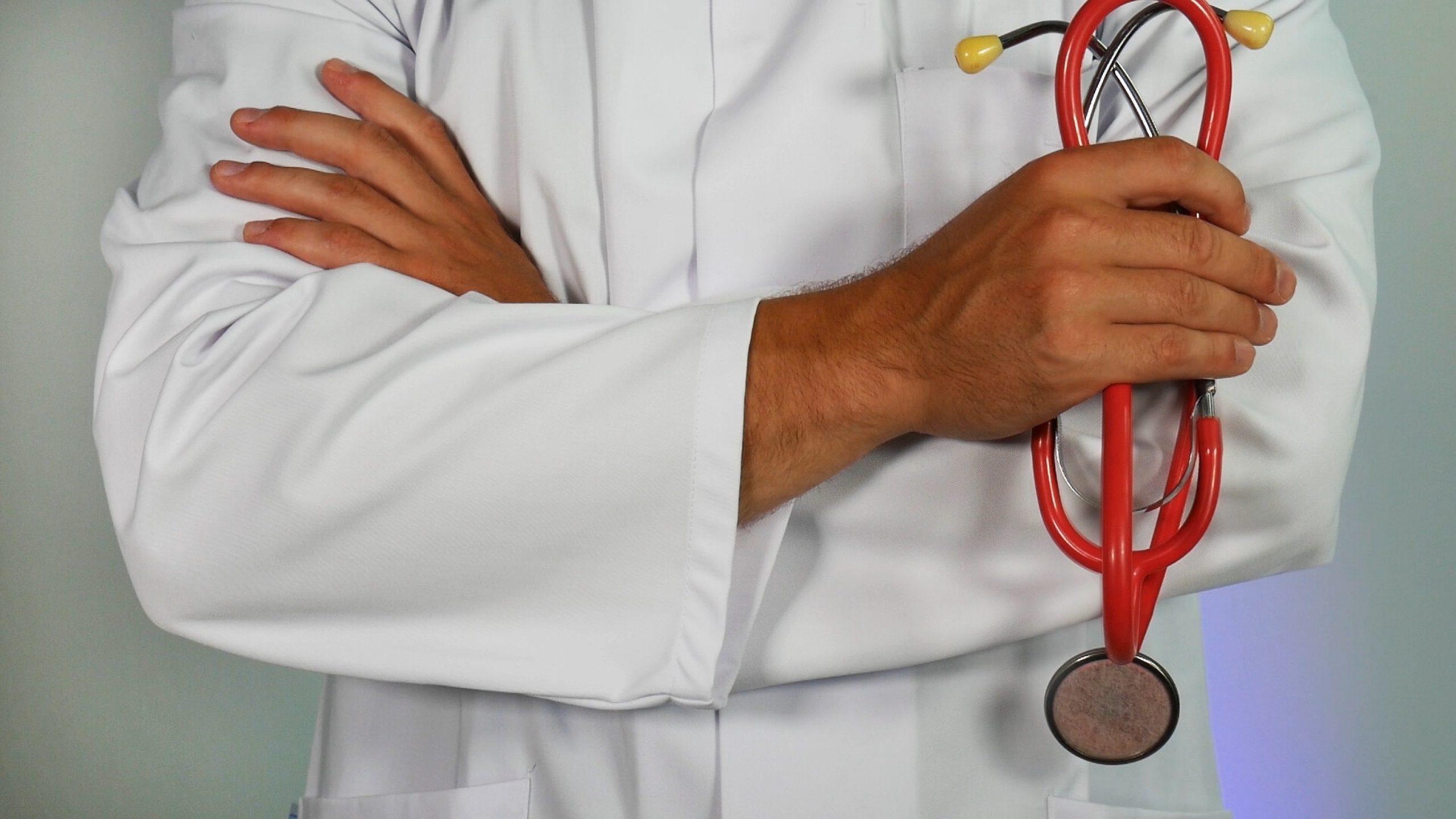 læge, sundhed (Foto: Unsplash)