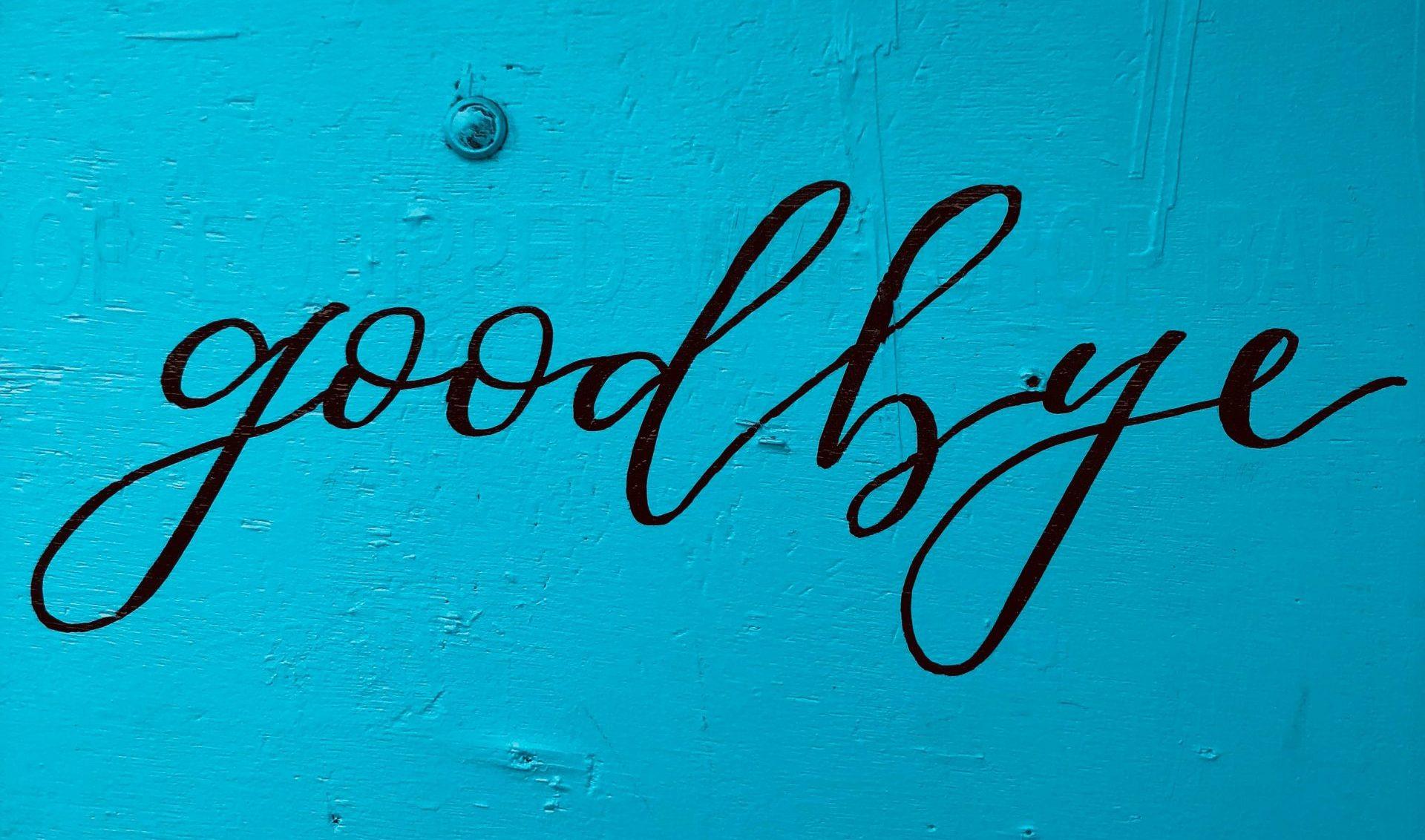 farvel, goodbye (Foto: Unsplash)