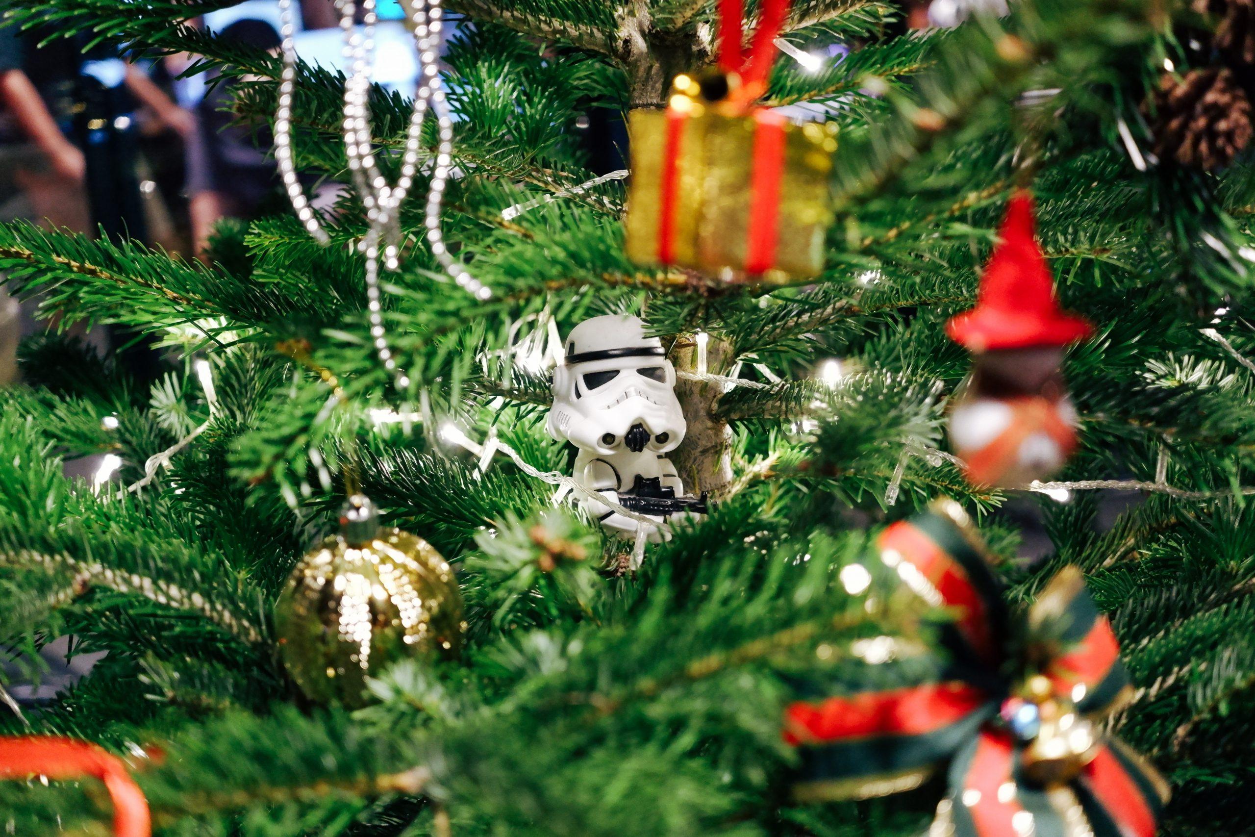 juletræ, pynt (Foto: Unsplash)