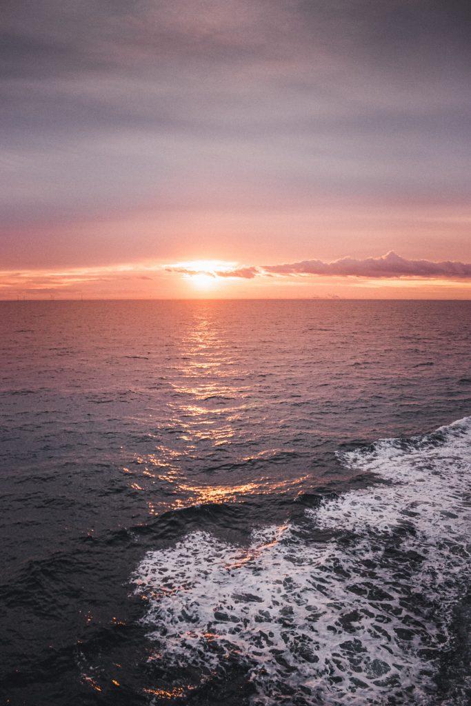nordsøen hav solnedgang havet (Foto: Unsplash)